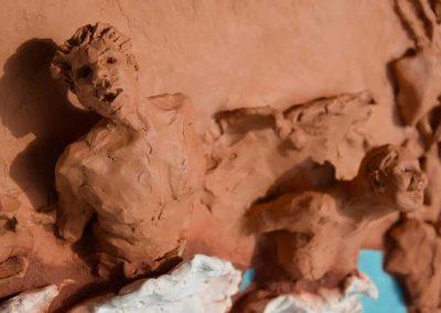 L'élan vital 2 (détail) - 39,5 x 31 cm - terre et fragments de vaisselle - © Marie-Pierre Lavallard